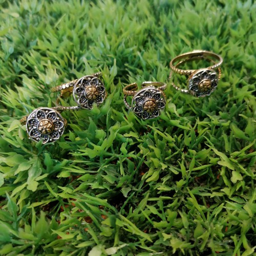 Floral Toe Ring Set