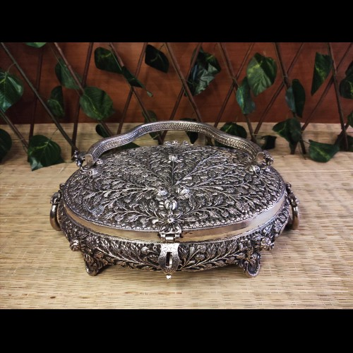 Heavy Silver Ornament Treasure Box