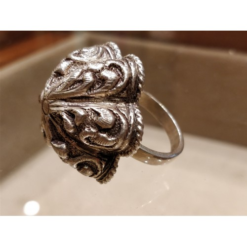 Arcade Oxidized Cocktail Ring