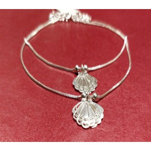 Sea Shell Motif Anklet