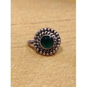 Jumbo Green Cabochon Center Nose Pin