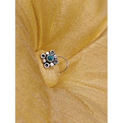 Traditional Turquoise Center Nose Pin