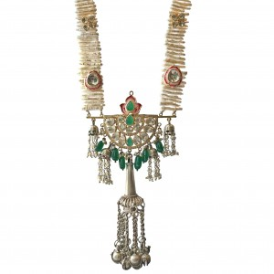 Nilofar Necklace